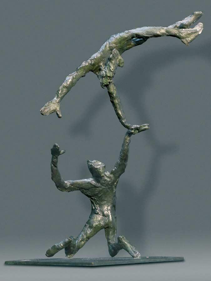 ACROBATE À BOUT DE BRAS - 1991 - bronze - 22x10x12cm