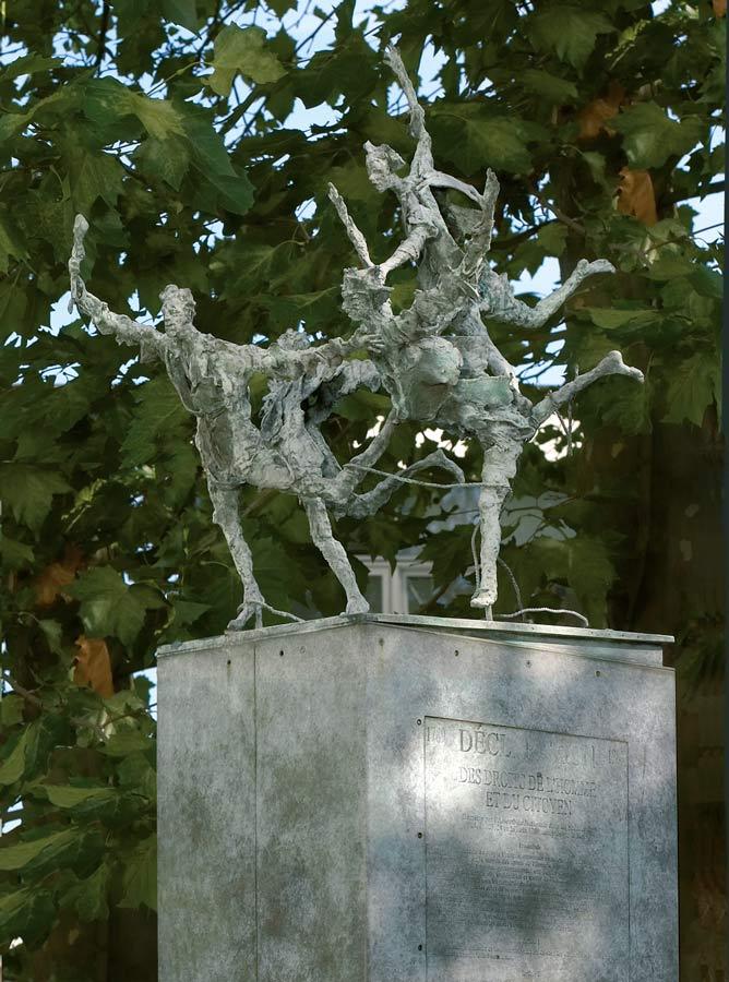 DÉCLARATION DES DROITS DE L'HOMME – 1990 – bronze – commande de la Ville de Meudon (92)