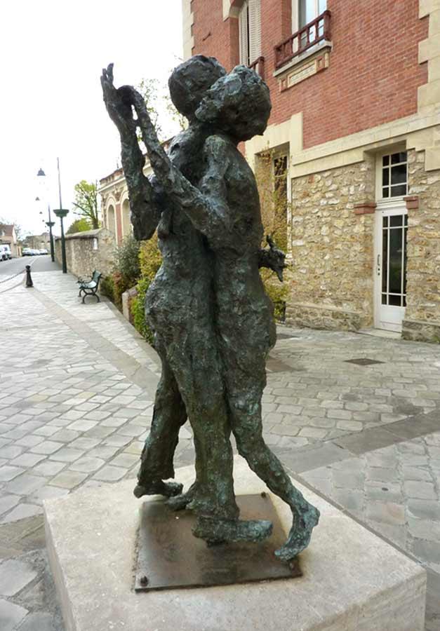 LE GRAND TANGO – 2005 – bronze – 200x114x91cm – Ville de Yerres
