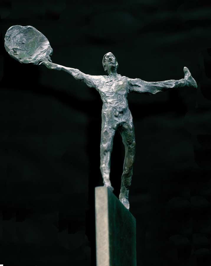 SUR LA CORDE - 1991 - bronze - 34x14x10cm