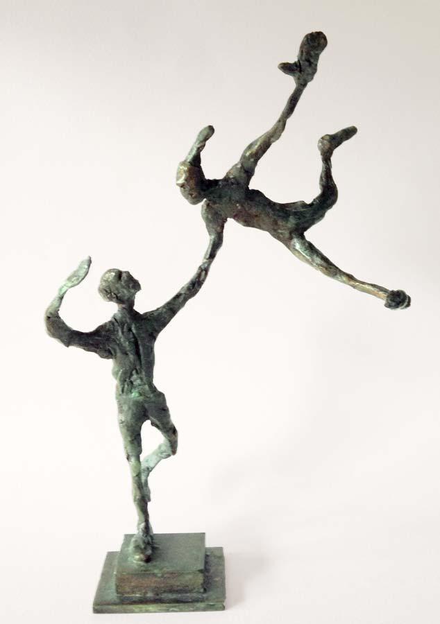 COUPLE AU BOUT DU BRAS - 2015 - bronze - 21,5x8,5x12cm