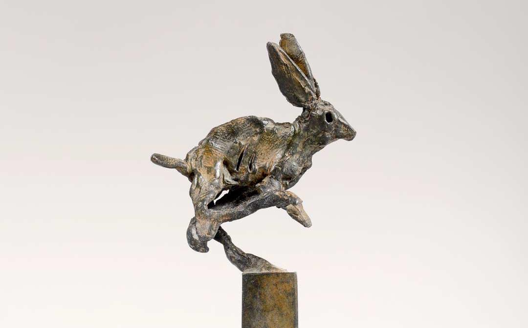 LIEVRE - 1994 - bronze - 10x22x4,7cm