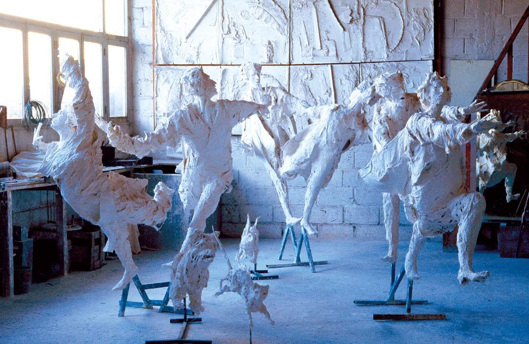 UN, DEUX, TROIS, SOLEIL – 1988 – plâtre – hauteur: 200cm